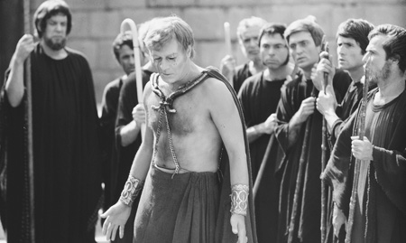 Christopher Plummer stars as Oedipus in 1967 version of Oedipus Rex