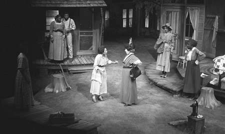 Julia and Hermans mother confront each other in a scene from a 1989 Milwaukee production
