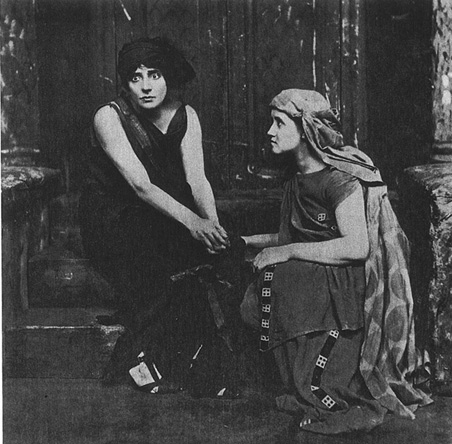 A 1908 production of Electra shows the title character in black