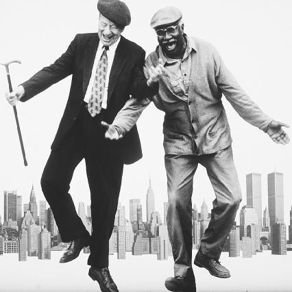 Walter Matthau, as Nat Moyer, and Ossie Davis, as Midge Carter, in the 1996 film adaptation of Im Not Rappaport, written and directed by Herb Gardner