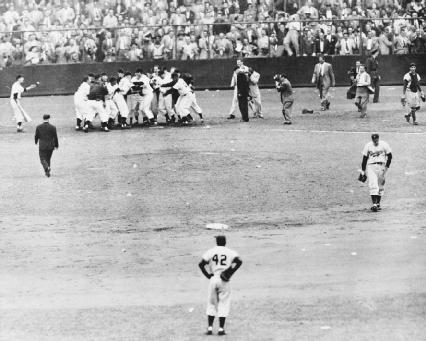 New York Giants celebrate after Bobby Thomson hits a three run homer in the 1951 playoffs between the NY Giants and Brooklyn Dodgers