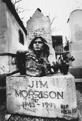 Singer and poet Jim Morrison of The Doors died mysteriously of heart failure while in France in July 1971. By September of that year, thousands of fans had flocked to his grave in Pariss Pere Lachaise cemetery, showing their devotion in the for
