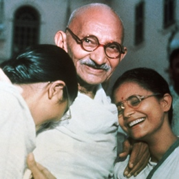 Gandhi and His Granddaughters