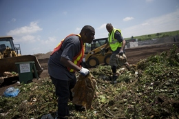 New York City Turns Food Waste into Compost