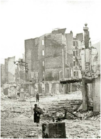 World History Archive/Alamy Stock Photo