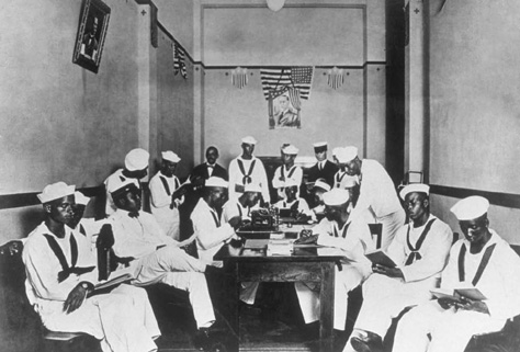 A group of African American World War I sailors.