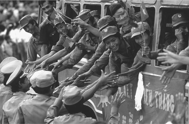 Vietnamese troops departing Cambodia (Kampuchea), 22 September 1989.