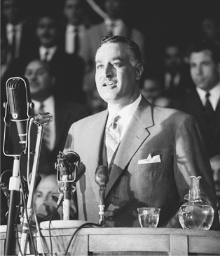 Egyptian President Gamal Abdel Nasser addressing a crowd during a visit to Algiers, 7 May 1963. (BettmannCorbis)