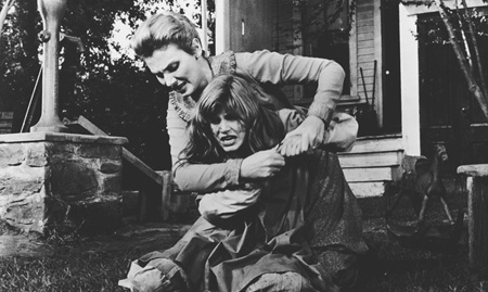 Patty Duke and Inga Swenson star in the 1962 version of The Miracle Worker