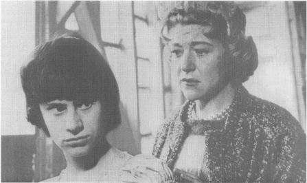 A scene from the film adaptation of Delaneysplay, starring Rita Tushingham as Jo (left) and Dora Bryan as Helen