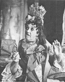 A scene from the 1953 theatrical production of Way of the World, featuring Margaret Rutherford, as Lady Wishfort