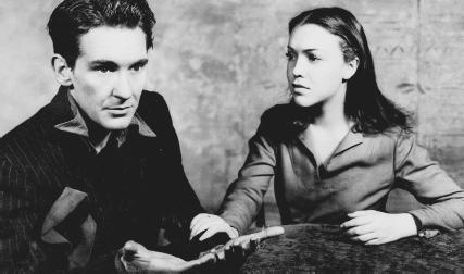 Burgess Meredith and Margo in a 1936 film adaptation of Winterset