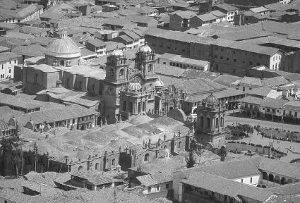 View of present-day Cuzco, with its Spanish-style buildings and rooftops built on top of Inca streets and structures.  Brian Vikander/Corbis.