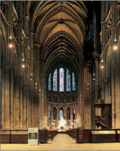 Gothic Nave - As wide as the Romanesque crypt below it