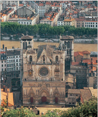 Cathdrale St-Jean at the foot of the slopes of Vieux Lyon