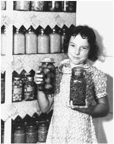 Fruits and vegetables grown in family gardens were canned and stored for later consumption. Courtesy of the Franklin D. Roosevelt Library.