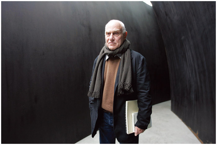 Spanish American artist Richard Serra is depicted with an exhibition at one of the Gagosian Galleries.