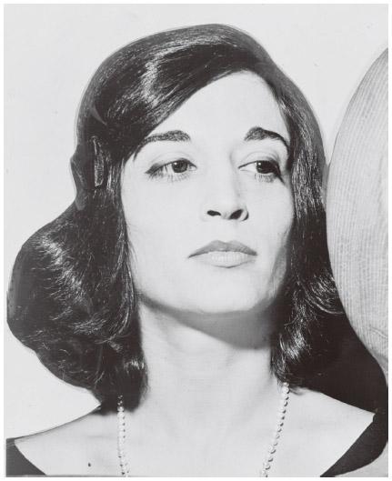 Venezuelan American Marisol Escobar is an award-winning sculptor.