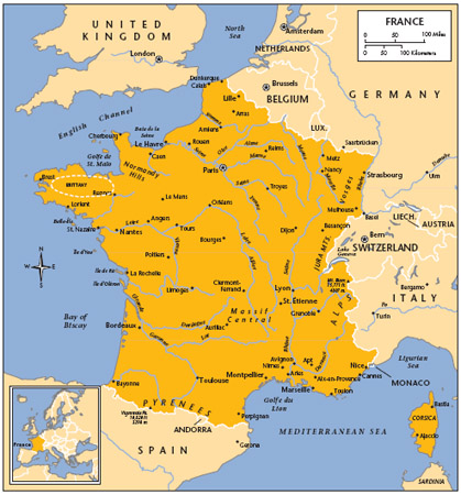 LOCATION: 4220to 515N; 447W to 815E. BOUNDARY LENGTHS: Belgium, 620 kilometers (387 miles); Luxembourg, 73 kilometers (45