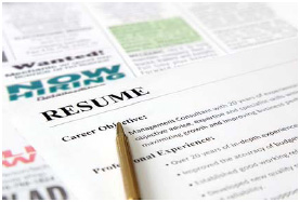 There are several basic types of résumés that can be used to apply for job openings—such as chronological, functional, combination, or targeted. Choosing the right one for your particular situation is