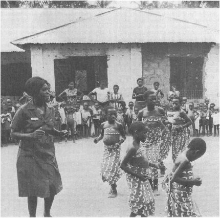 Ibo children dancing, 1970.