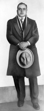 Al Capone, the son of Neapolitan emigrants, is Americas most legendary gangster.