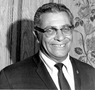 As head coach of the Green Bay Packers from 1959 to 1967, Vince Lombardi led the team to win the first two Super Bowls and five National Football League championships.