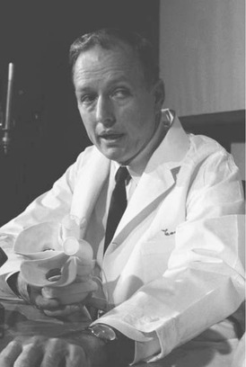 Surgeon Dr. Denton Cooley has been a pioneer in heart surgery, implanting the first artificial heart and performing thousands of heart transplants.