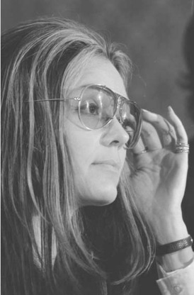 As a feminist activist and founding editor of Ms magazine, Gloria Steinem has been a symbol of the womens liberation movement in the United States for more than 30 years.