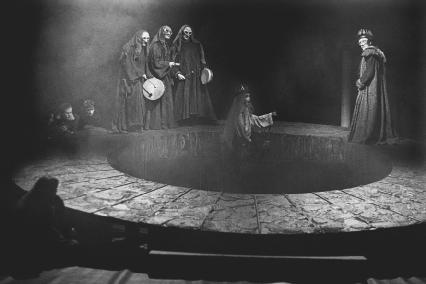Macbeth with the witches and apparitions, Act IV, scene I, at the Young Vic Theatre, London 1975