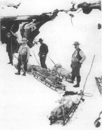 Travellers along Alaskas Yukon Trail, c. 1897.