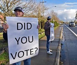 Astoria High School Students Urge People to Vote