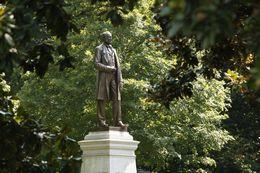 Statue of Cornelius Vanderbilt